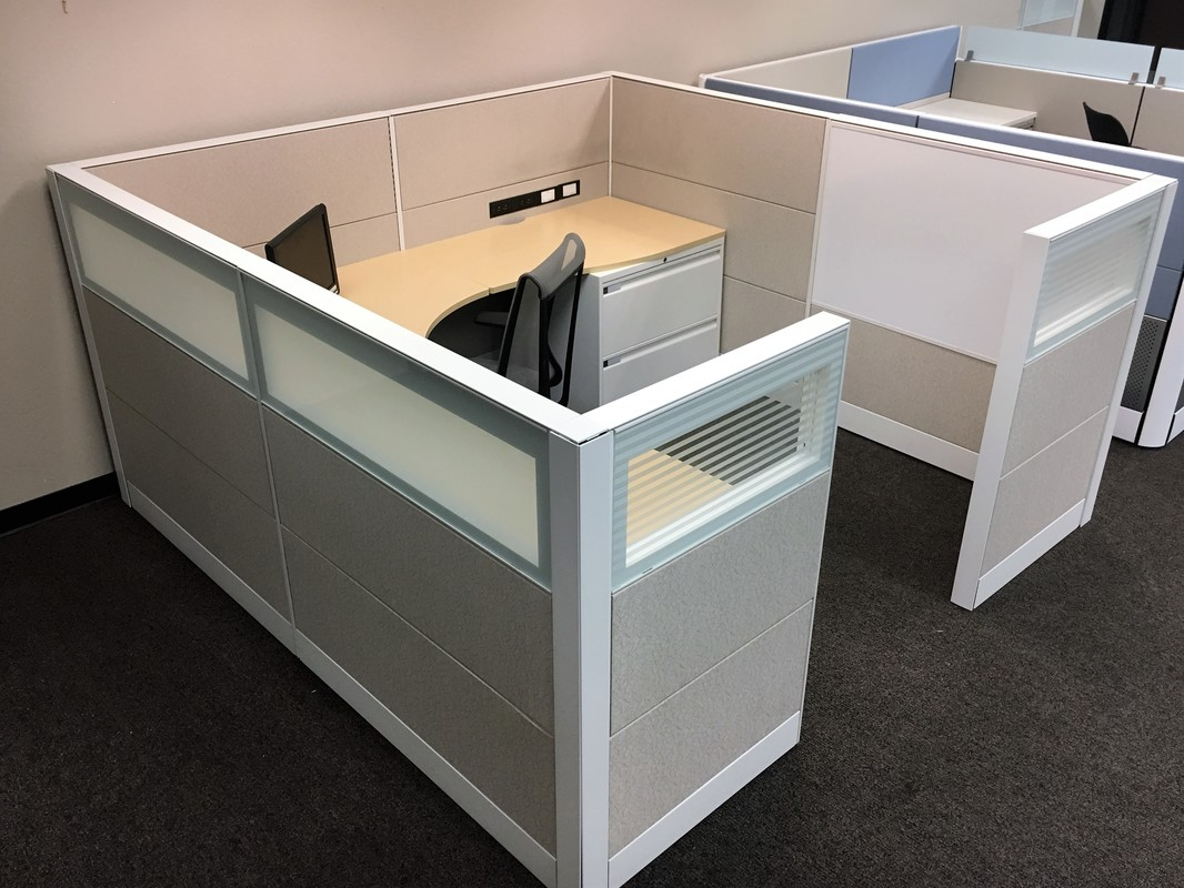 TEKNION LEVERAGE 6X6 8X8 66H 51H 400 CUBICLES
